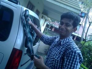 Kuttappi Washing Car